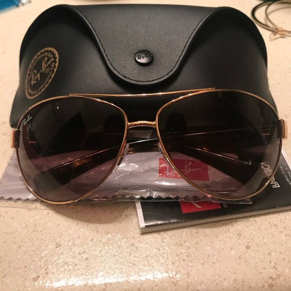 Rayban Sunglasses Luxottica
